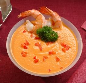 Холодный суп-крем из мидий и креветок с карри