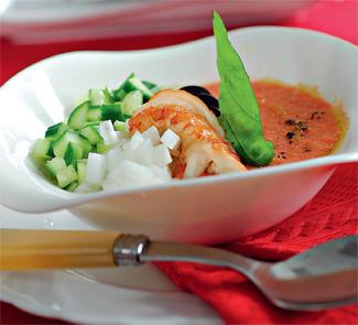 Томатный суп с раками